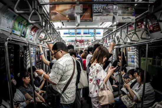 Die mobile Marketing Trends zeigen dass Nutzer immer höhere Anforderungen an Apps haben.